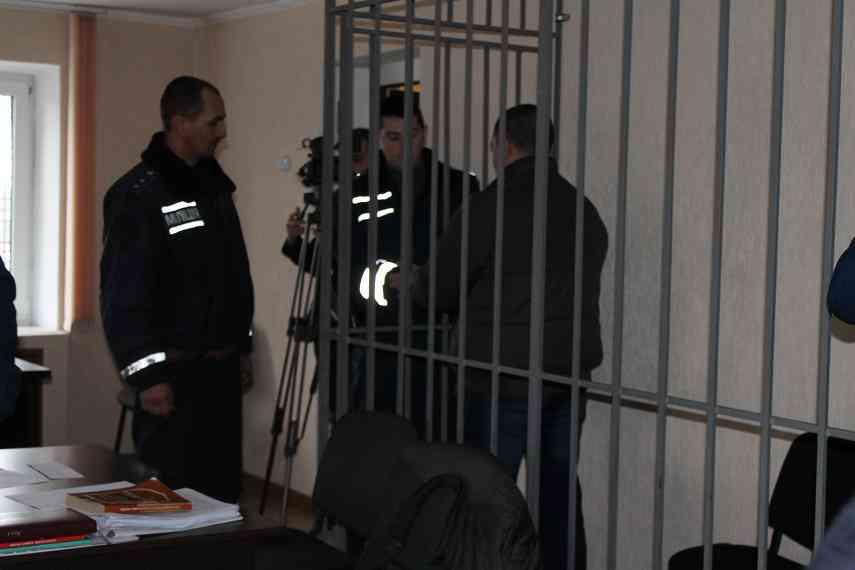 «Смотрю, кто сидит, чтобы запомнить»,  - пригрозил убийца  8-месячной девочки всем присутствующим в зале суда