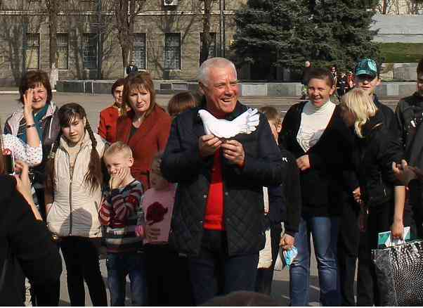 Павлоградские дети пожелали всем украинцам добра