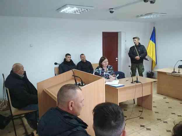 Партийцы, из Запорожья, готовы были возмутиться решением павлоградских судей, - в самом Павлограде таких не нашлось