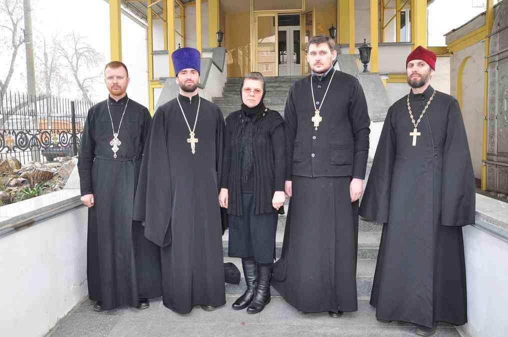 Благочинный  Павлоградского Церковного округа Отец Павел вырос в семье моряка