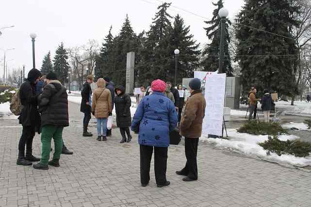 Лишь бы мужики, блин, не терлись: «Файноград» согласен  больше платить за  комфорт в городских автобусах