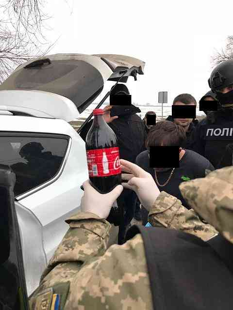 В Павлограде, с боем, задержана банда наркоторговцев, в состав которой входил сотрудник полиции
