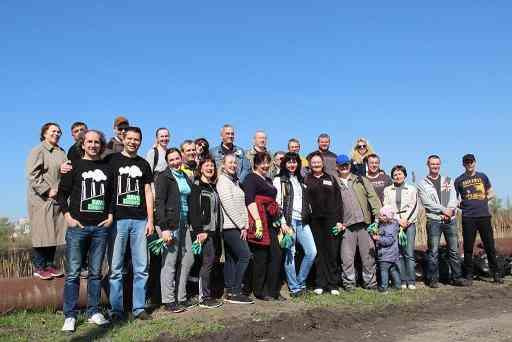 Корпоративная акция ДТЭК «Чистый город»: Приднепровская ТЭС озеленяет Днепр