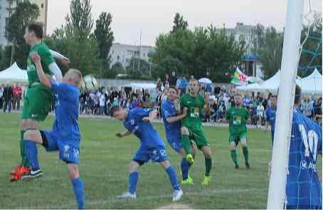 Футболисты приднепровской «Энергии» показали Павлограду, что такое жесткий футбол