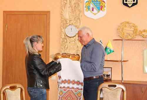 До Павлограду завітали діти з Мар`їнки