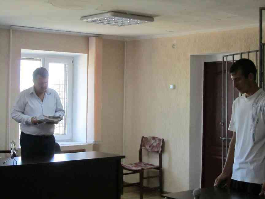 Житель с. Богуслав  за полгода вынес с предприятия 200  канистр с горючим