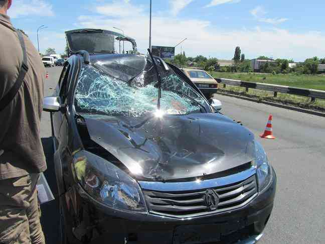 В Павлограде  автомобиль, со страшной силой, протаранил велосипедиста