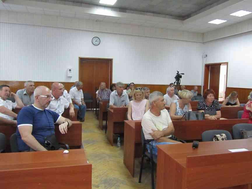 Павлоградская Громадская рада решила отказаться от опеки исполкома