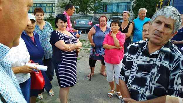 В Павлограде благоустраивают заброшенные земельные участки, что вызывает тревогу у бдительных горожан