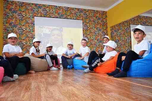 Школьники Петропавловщины получили обновки к началу учебного года