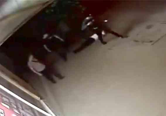 Связь с СБУ помогла садистам выйти под домашний арест, -   считает сестра пострадавшего