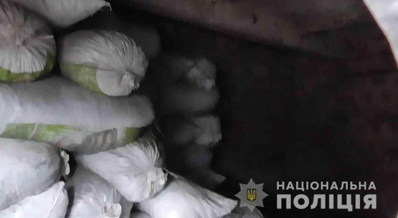 Банде преступников  удалось похитить с железнодорожных станций 260 тонн угля, прежде чем их сумели поймать