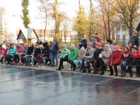 """В Павлограде  """"Пенсионные гонки"""" заставят старшее поколение выйти из своих квартир"""