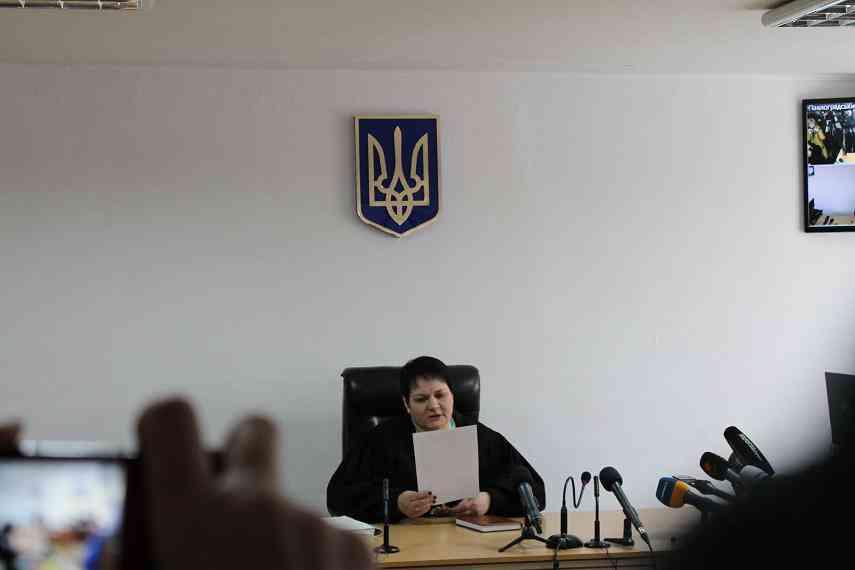 В наказание за приговор  генералу Назарову судье Павлоградского горрайонного суда Наталье Самоткан заблокировали прохождение переатесстации