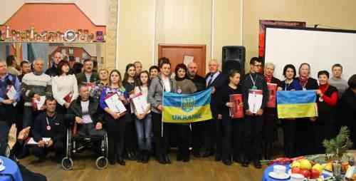 Городского голову Павлограда Президент Украины наградил за гуманитарное участие в антитеррористической операции