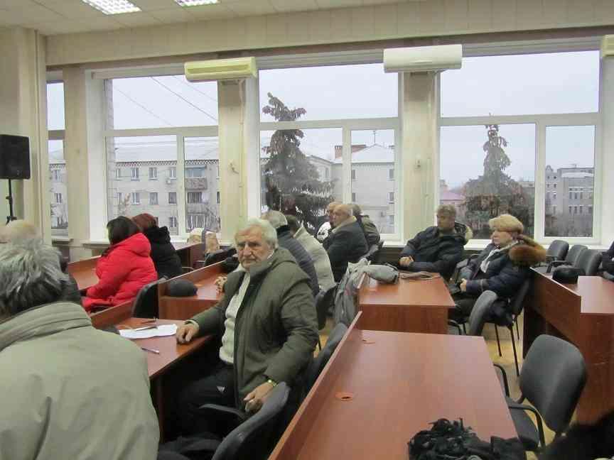Есть предложение превратить Павлоградскую Громадскую раду в «паровыпускальный» станок