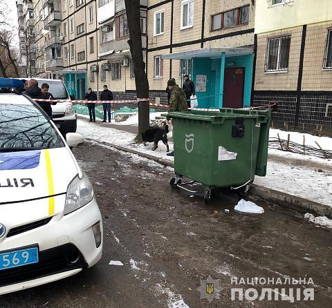 Полиция обнаружила расчлененное тело девушки в мусорном баке
