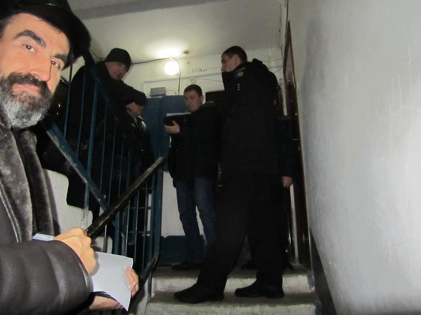 В Павлограде, чтобы успокоить разбушевавшихся коллекторов банка ПУМБ, пришлось вызывать автоматчиков