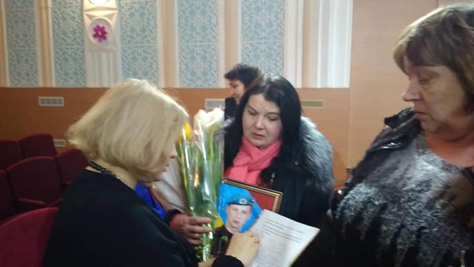 Ирина Геращенко посоветовала матерям военнопленных обратиться за помощью к Медведчуку