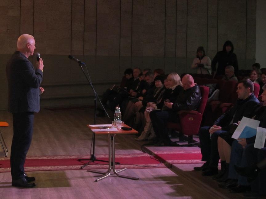 Шутки в сторону: с 1 апреля батареи централизованного отопления в Павлограде станут холодными