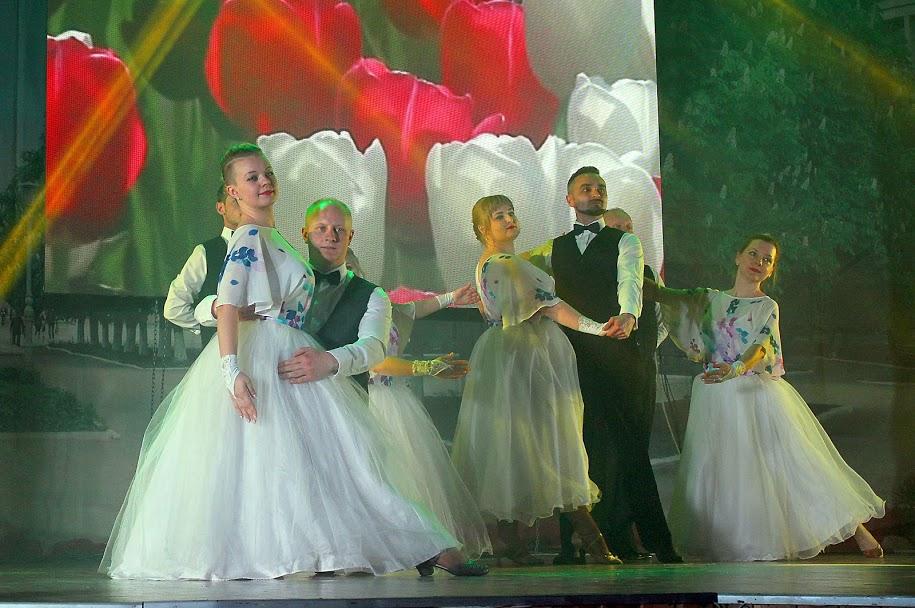 Шостий танцювальний сезон балів для АТОвців та волонтерів відкрили у Павлограді, - Валентин Резниченко