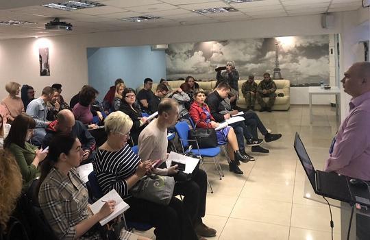 Ярмарка вакансий для переселенцев: энергетики приглашают на работу в ДТЭК Днепровские электросети
