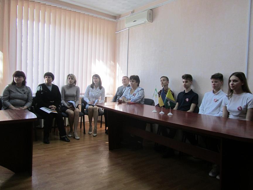 Школьники Павлограда научат  горожан общаться с животными