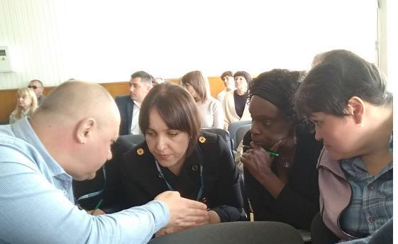 Проблемы модульного городка в Павлограде привлекли внимание  представителей ОБСЕ