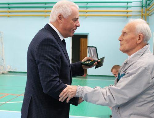 Видатного тренера Павлограда Володимира Урукова привітали з 80-річчям