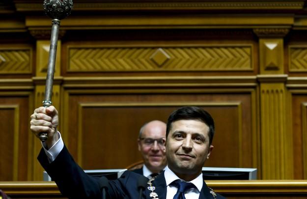 Цитатой из Рейгана Зеленский добил правительство Украины