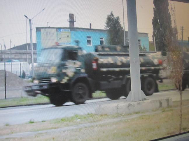 При виде военной техники Павлоград уже не замирает на месте