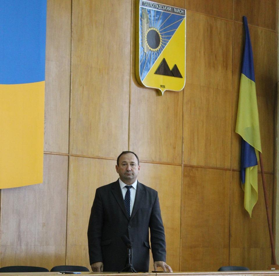 Экс-глава Павлоградской РГА Святослав Максимчук  пожелал всем здоровья, превратившись в обычного депутата