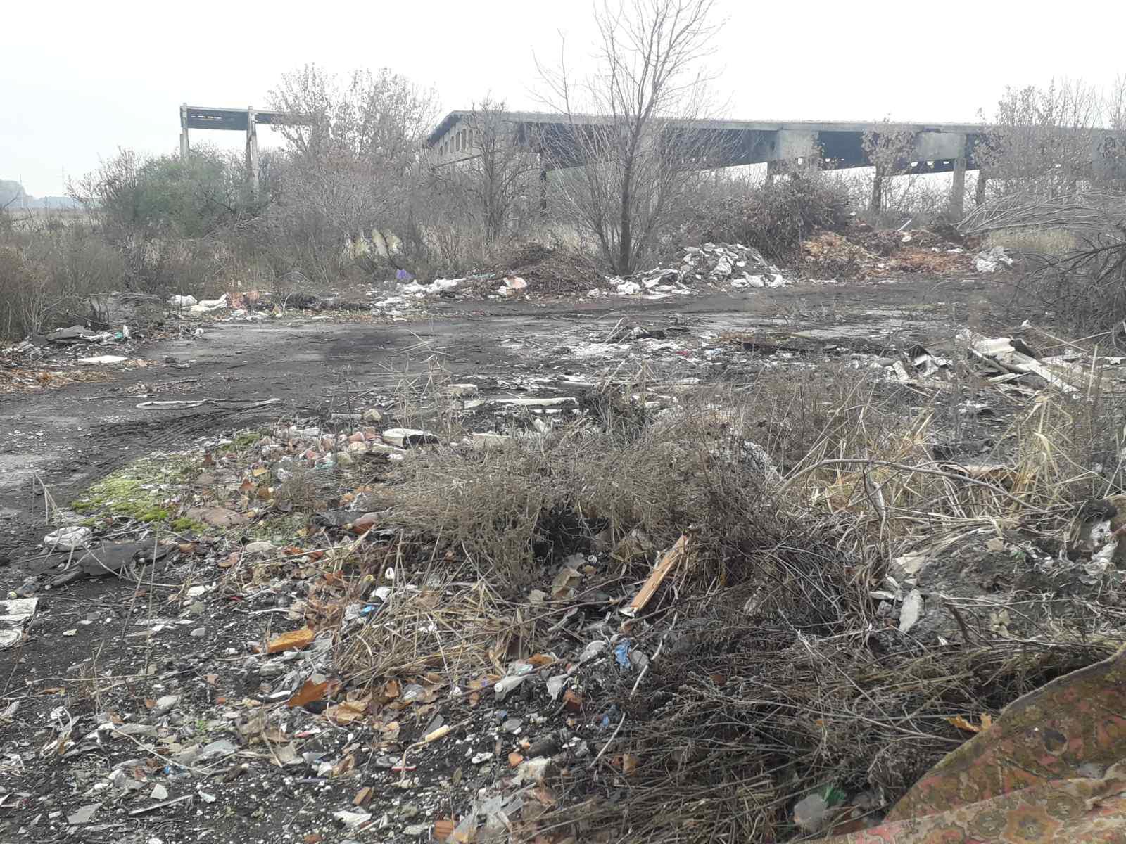 Извини, Павлоград: терновские коммунальщики используют самый  дешевый способ утилизации мусора
