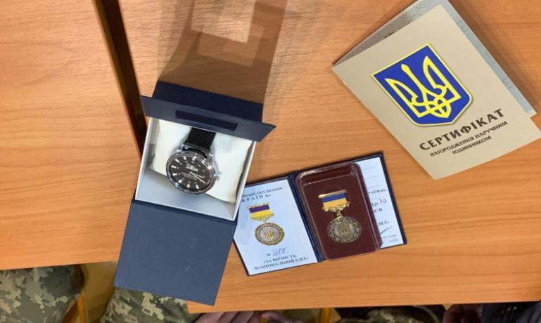 16-летний Александр Гаркуша награжден за мужество в Днепре