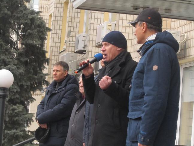 Шахтеры - регрессники хотели бы видеть Романа Каптелова в своих рядах