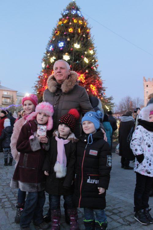 В Павлограде уже начали встречать Новый год, - подари себе праздник!