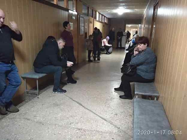 Коллектив стоматполиклиники Павлограда обращается в суд, чтобы защитить себя и своих пациентов от  реорганизации