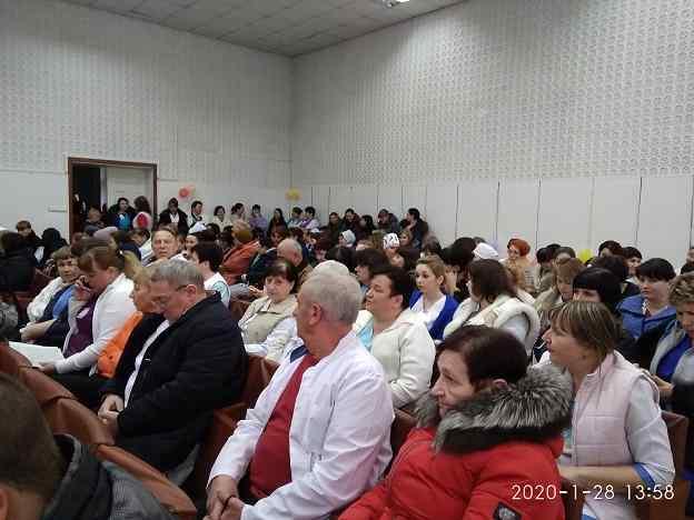В Павлограде доктора и медсестры завидуют высокой зарплате дворников