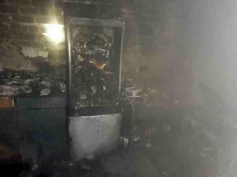 В пожаре в общежитии на ул. Строительной в Павлограде спасены трое детей