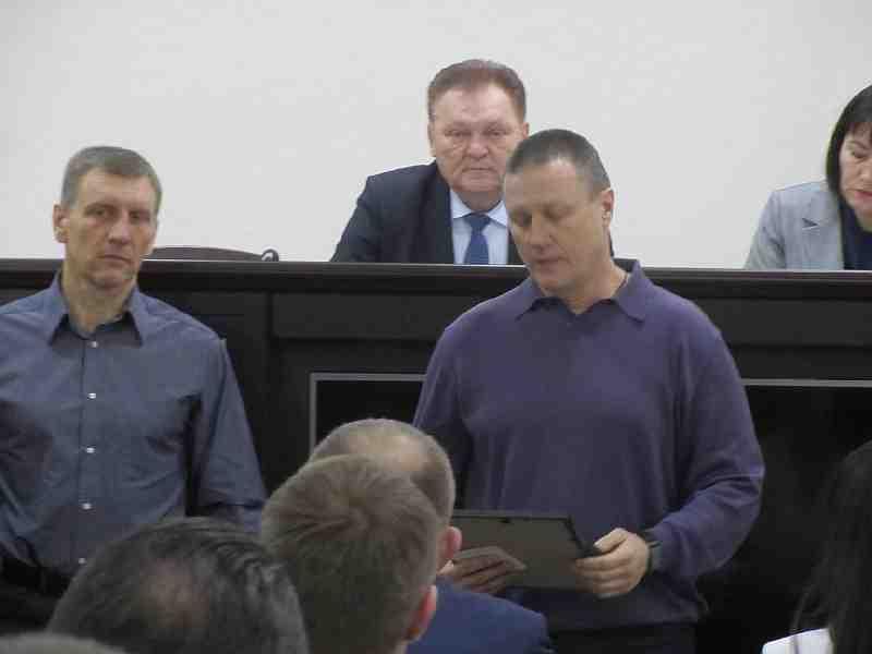 Десантники поблагодарили директора КП ТЖКП Мамедова за неоценимую поддержку