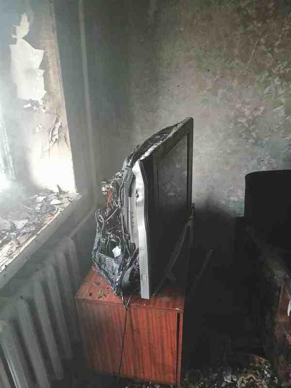 Спасатели ликвидировали пожар на пятом этаже дома по ул. Центральной в Павлограде