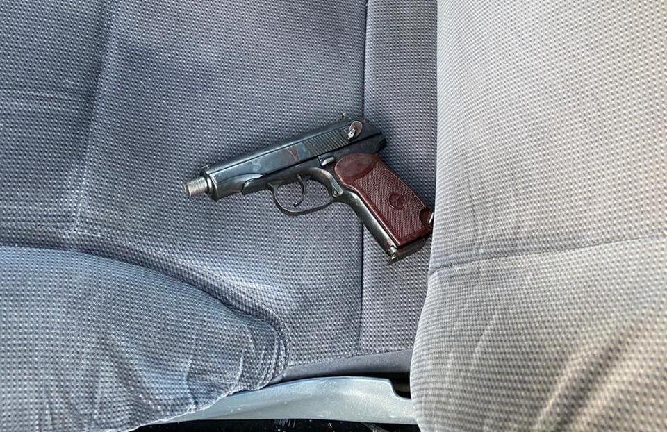 В Днепре полицейский Дарвин Потуданский обезвредил вооруженного злоумышленника ценой собственной жизни