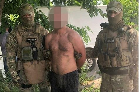 Полиция задержала охотников на пенсионеров, - жертв много