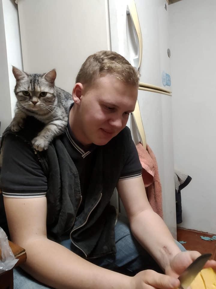 Павлоградец Данил Осока спас несчастную овчарку от неминуемой смерти