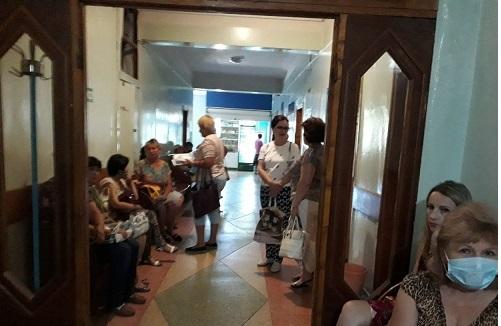 Павлоградские медики не знают, как оградить туберкулезных и коронавирусных больных от беременных женщин