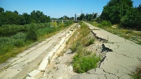 Павлоград наводит порядок на набережной Волчьей, не потратив ни одного миллиона