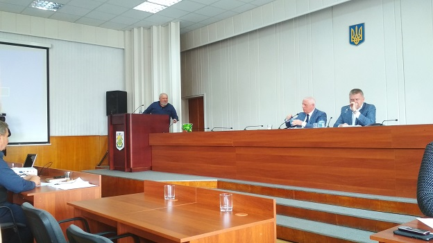 11 августа депутаты Павлоградского горсовета будут решать вопрос о государственной дурости и бросании денег в бездонную водопроводную бочку