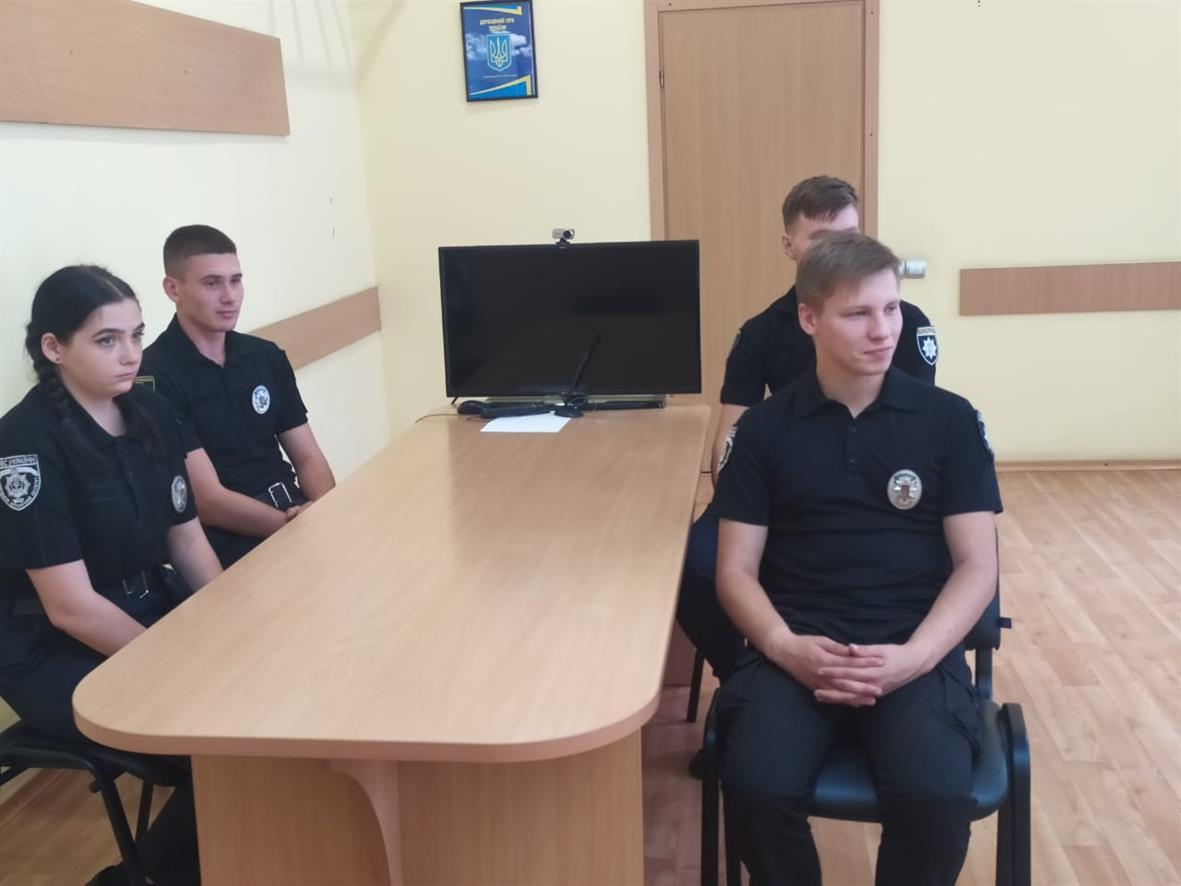 В Павлоградском горотделе полиции принимают пополнение