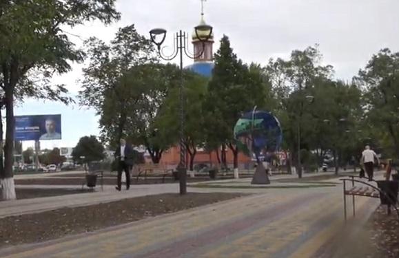 В Терновке «новорожденному» глобусу свернули шею