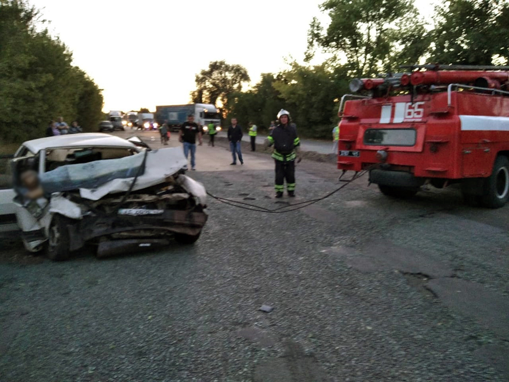 В Криничанском районе в результате ДТП погибло три человека
